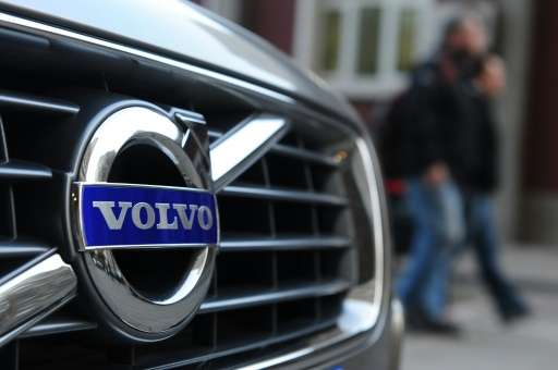 Swedish manufacturer Volvo, owned by China's Geely since 2010, has announced plans to test drive up to 100 of its driverless veh