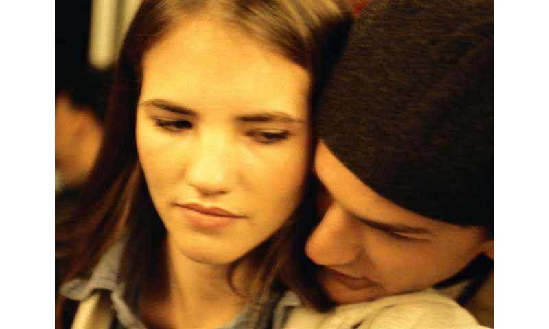 Teen dating violence is target of new CDC program