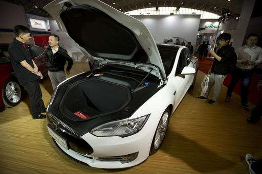 Tesla denies safety problems with Model S suspensions