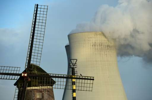 The Milieudefensie group alleges that in tests carried out at 58 sites across the country last year, levels of nitrogen dioxide