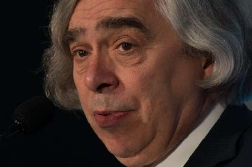 US Energy Secretary Ernest Moniz said that US public opinion and state and local policymakers were moving toward reducing carbon