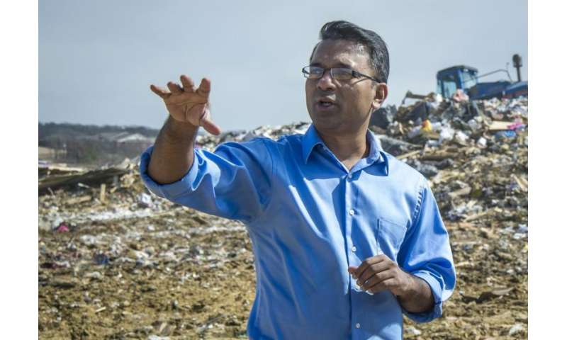 UTA civil engineers shaping sustainable solutions, increasing energy output at landfill