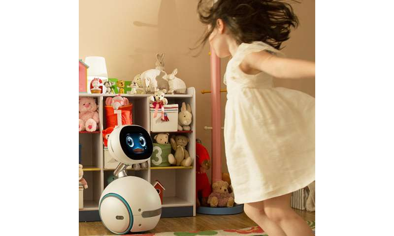 Zenbo home robot to ring in new year in Taiwan