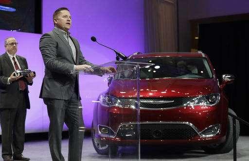 Chevy Bolt gets top car award; Honda Ridgeline top truck