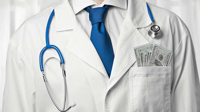 Doctors should be paid by salary, not fee-for-service, argue behavioral economists