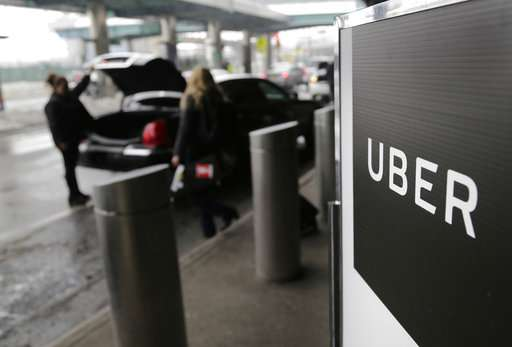 Feds probe Uber's tracking of Lyft drivers