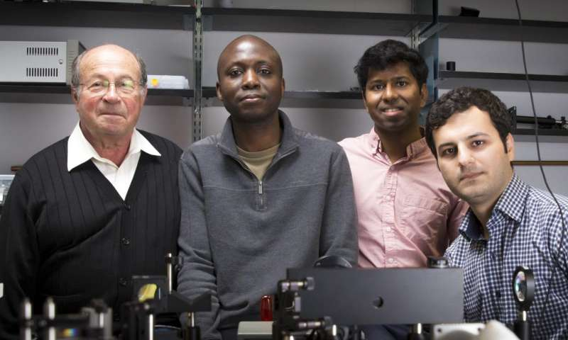 New laser based on unusual physics phenomenon could improve telecommunications, computing