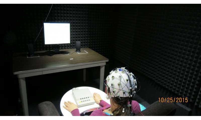 Recognizing foreign accents helps brains process accented speech