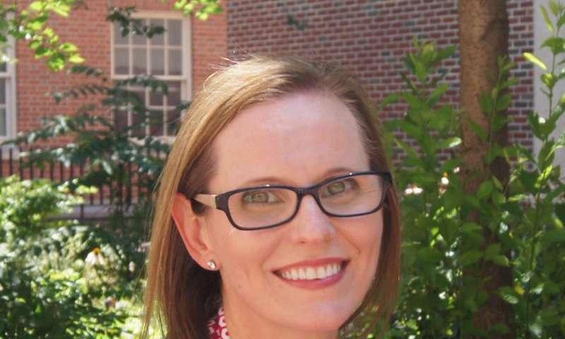 Researcher finds safer, less-invasive method of staging endometrial cancer