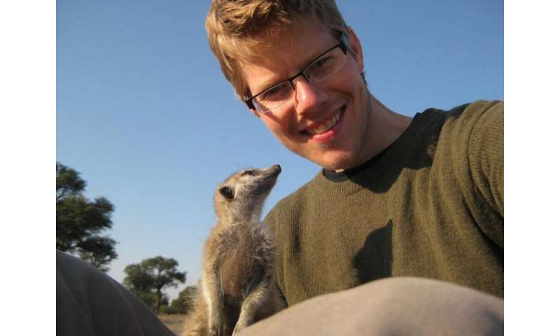 Stressed-out meerkats less likely to help group