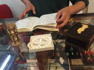 Student writing project exposes NYC's illegal ivory trade