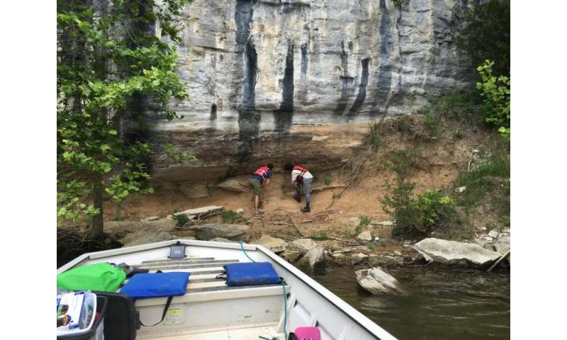 To aid utilities, researchers seek ancient floods near Tennessee River