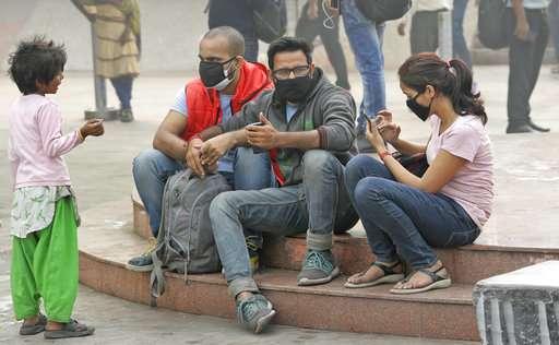 Anger rises as toxic air chokes India's capital