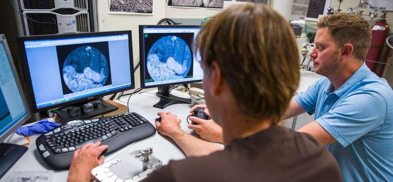 Researchers develop new way to measure fluid-rock interaction in oil reservoir