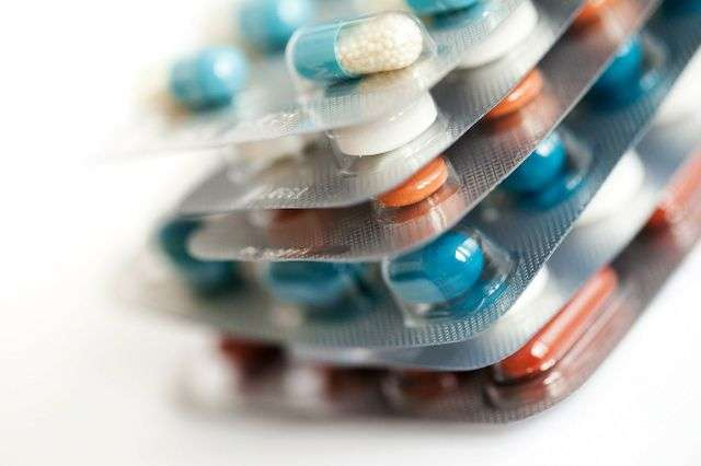 Study examines effects of stopping psychiatric medication