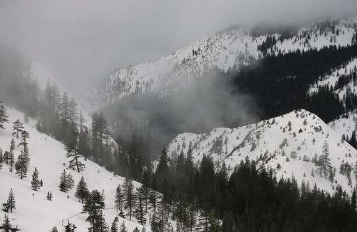 Drought-easing California snow heaviest in 22 years