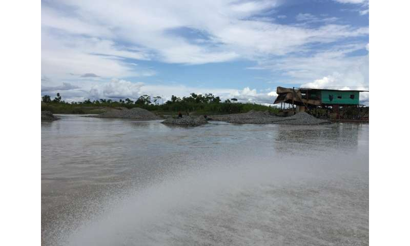 Helping in the fight against illegal gold mining in Colombia