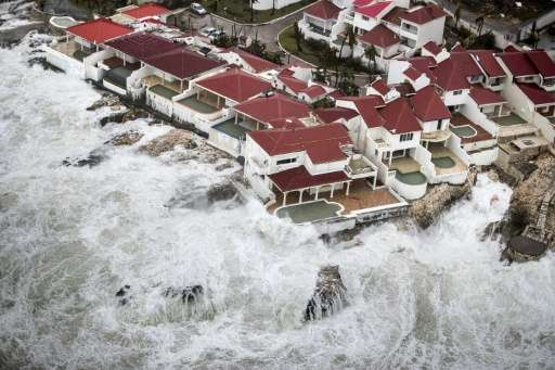 Hurricane Irma has wreacked havoc on a string of Caribbean islands, including the French-Dutch territory of St Martin