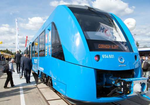 Hydrogen-powered trains to run on German rails from 2021