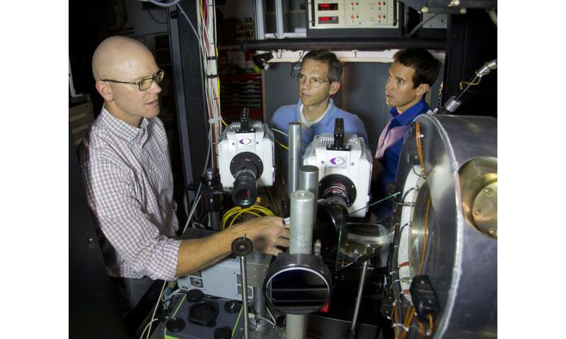 Research team develops optical diagnostic that helps improve fuel economy while reducing emissions