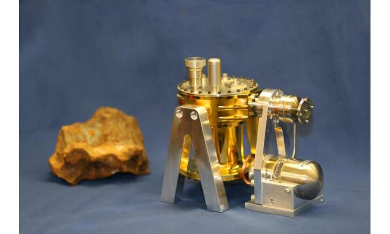 Researchers to design, build instrument to explore metal asteroid