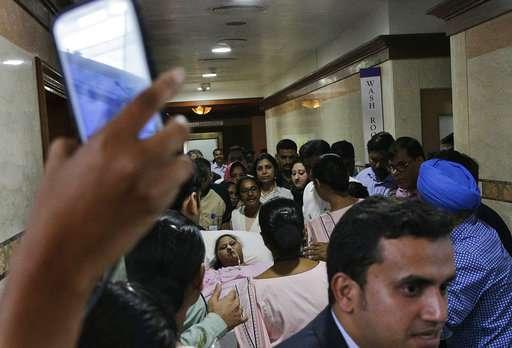 325 kilograms lighter, Egyptian woman leaves India