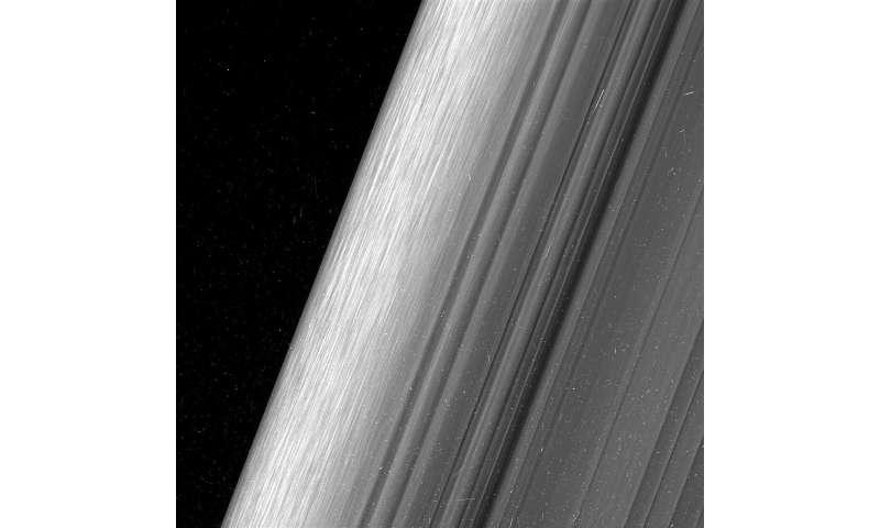 Close views show Saturn's rings in unprecedented detail