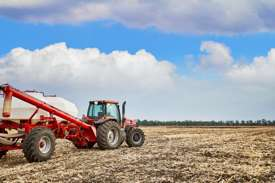 Finding may offer farmers a way to reduce harmful emissions from fertilized soil