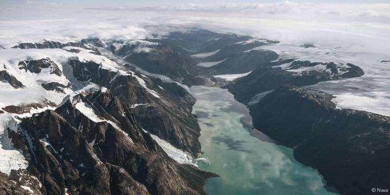Satellite photos reveal gigantic outburst floods