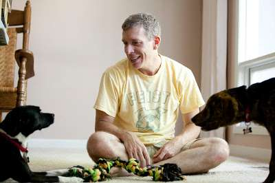 Neuroscientist explores 'What It's Like to Be a Dog'