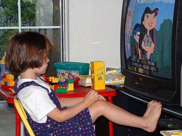 Children with bedroom TVs at significantly higher risk of being overweight