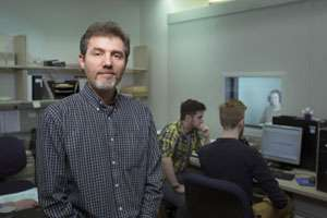 Researcher studies ways to enhance cochlear implants