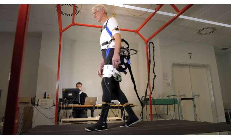 Robotic 'exoskeleton' prevents elderly falls: study