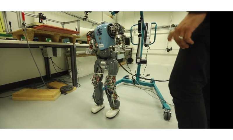 Developing robots that can walk more naturally