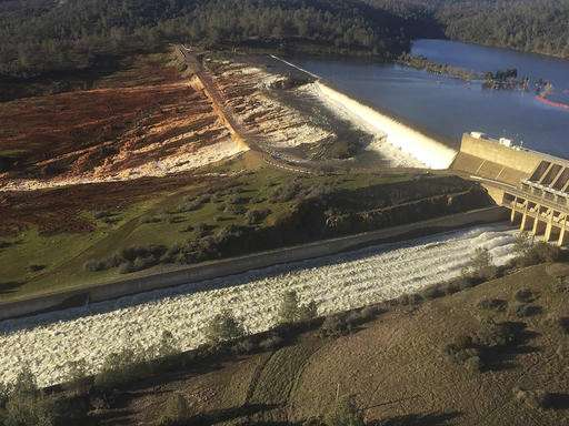 188,000 under evacuation orders near Northern California dam