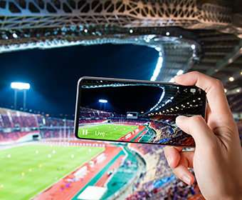 Researcher studies how professional sports fans use mobile phones