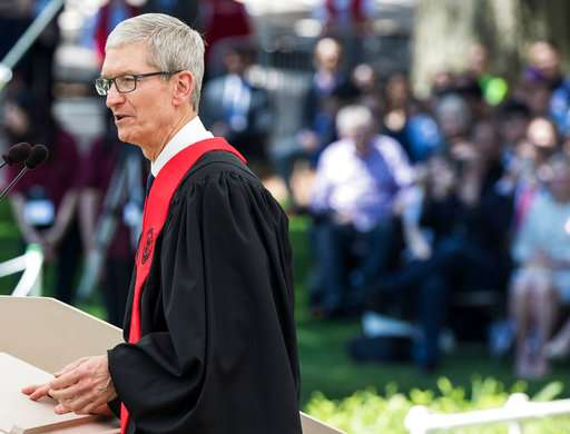 Apple CEO to MIT grads: Tech without values is worthless