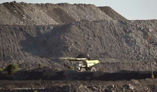 A multi-billion dollar bidding war for most of Rio Tinto's Australian coal mines has broken out between China-backed Yancoal and