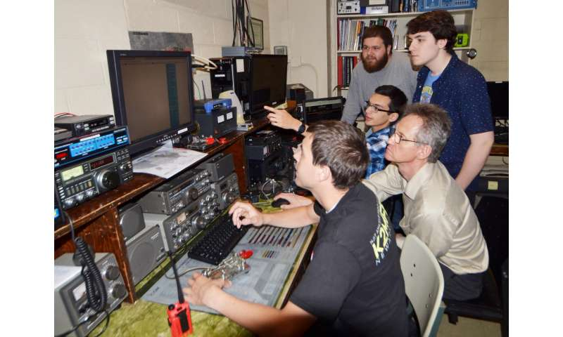 An NJIT researcher throws a global ham radio 'party' to study the eclipse
