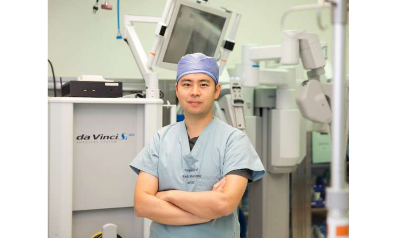 'Black box' recorder puts surgeons' robotic surgery skills under the microscope