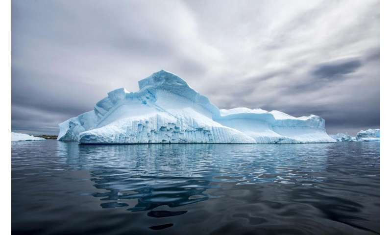 Black carbon varies, but stubbornly persists, in snow and ice around the world