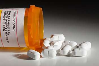 California survey finds physicians, pharmacists comply with prescription drug monitoring law