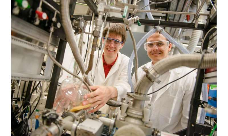 Carbon displays quantum effects