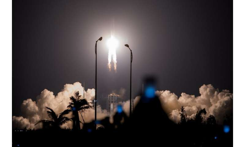 China and the US are both shooting for the moon – but don't call it a space race