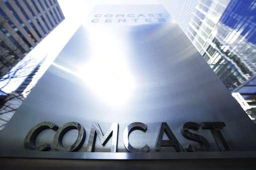 Comcast tops Street 2Q forecasts