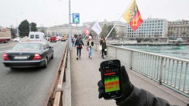 Crowd mapping Geneva Canton's soundscape