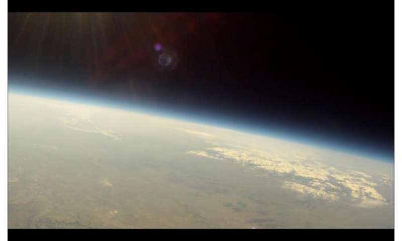 Eclipse balloons to study effect of Mars-like environment on life