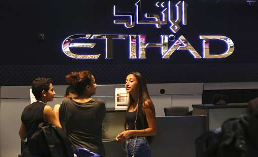 Emirates, Turkish Airlines try to join Etihad off laptop ban