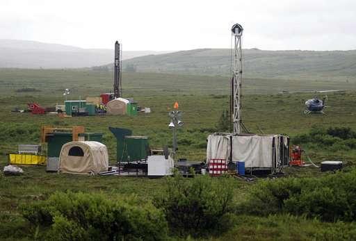 EPA may allow massive mine near pristine Alaskan bay