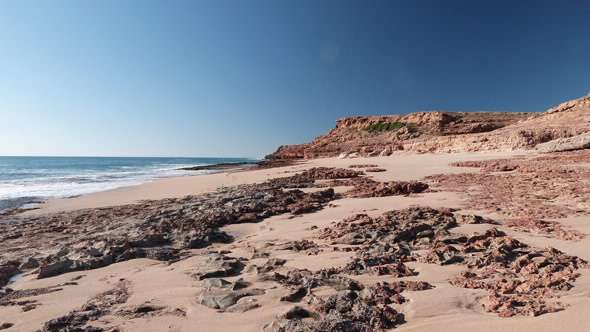 Evidence of the earliest occupation of the coasts of Australia from Barrow Island, Northwest Australia